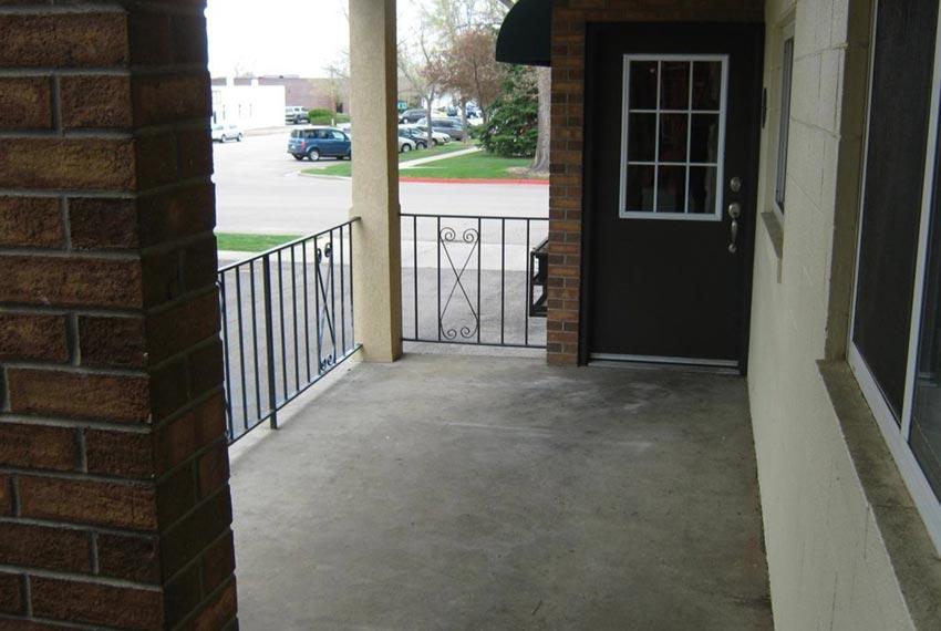 Entrance_850x570